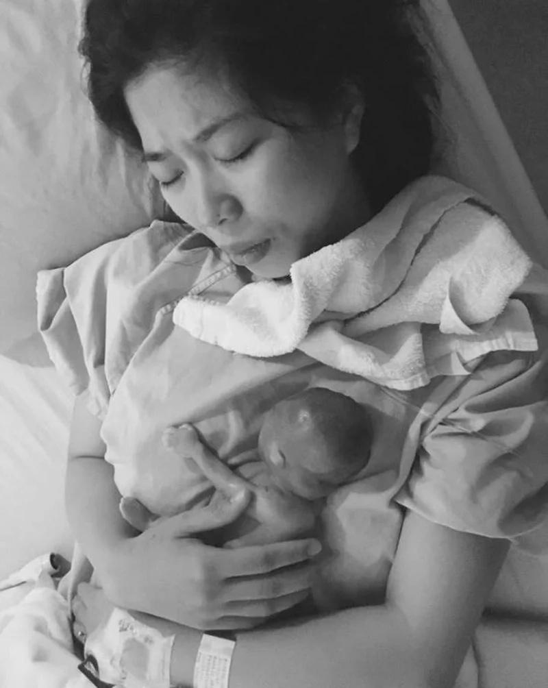 Esta mamá perdió a su bebé antes de nacer… ¡Lee el desgarrador poema que le escribió!