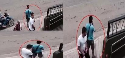 Mabait na magnanakaw! CCTV footage reveals how snatcher returns stolen wallet to man