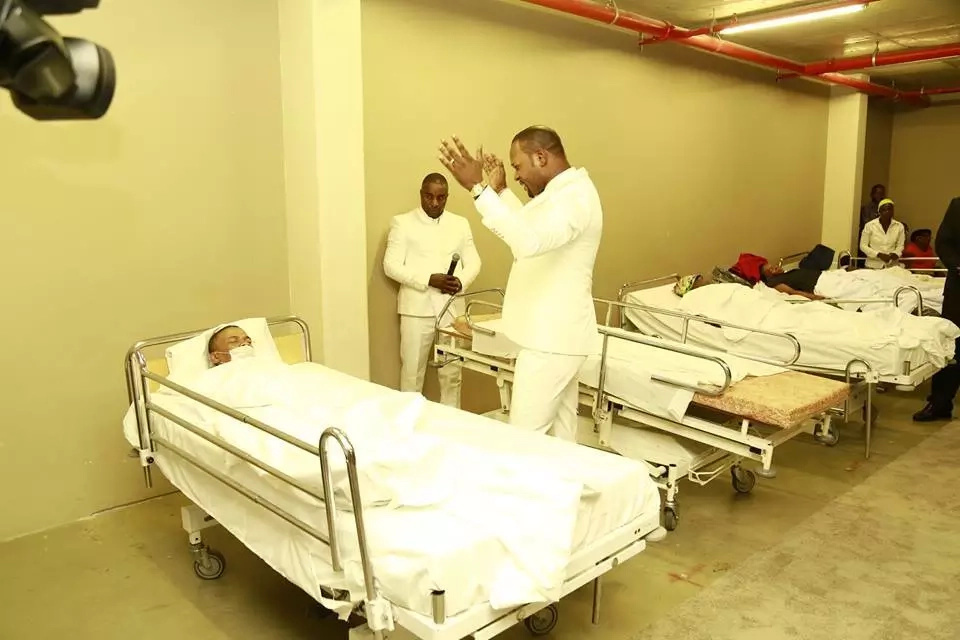 Pastor trolled for 'healing' a whole hospital ward