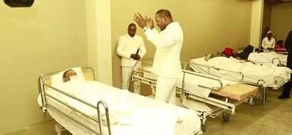 These pastor walked into a hospital and HEALED DYING patient but he wasn't ready for what followed(photos)