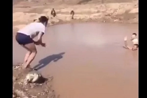 Hilarious Viral Video! Make Sure The Water Is Deep Before You Dive In.