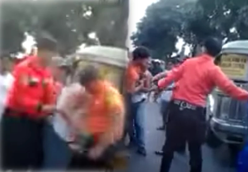 Traffic enforcer violently beat up jeepney driver