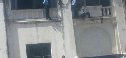 "3 female ""terrorists"" attack Mombasa police station (photos)"