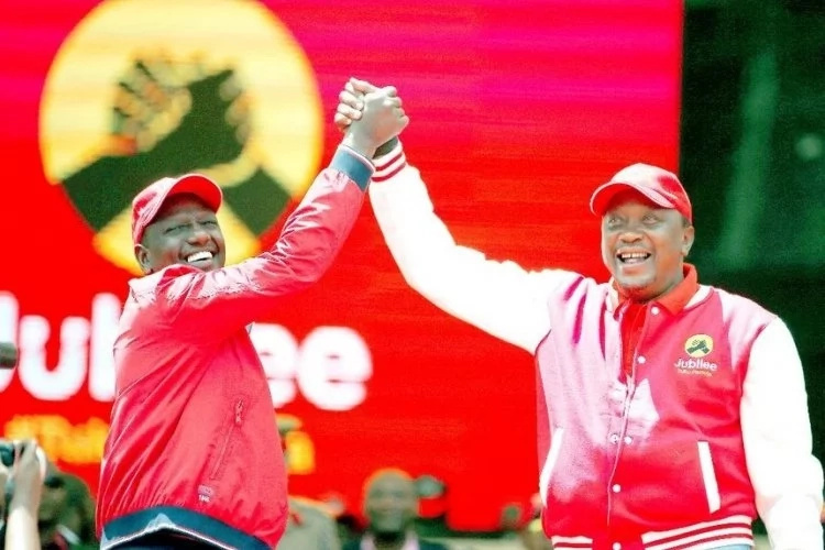 Uhuru heaps unusual praises for Ruto