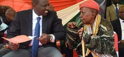 Ni hesabu za nini? Maandishi ya William Ruto yazua ngumzo mitandaoni (picha)