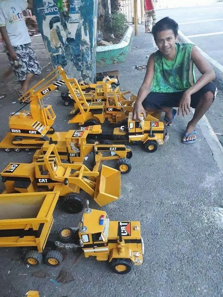 Pinoy makes replicas of heavy equipment