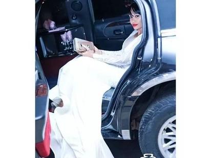 Mkewe Diamond Platinumz awanyamazisha wakosoaji wake kwa kununua Audi (picha)