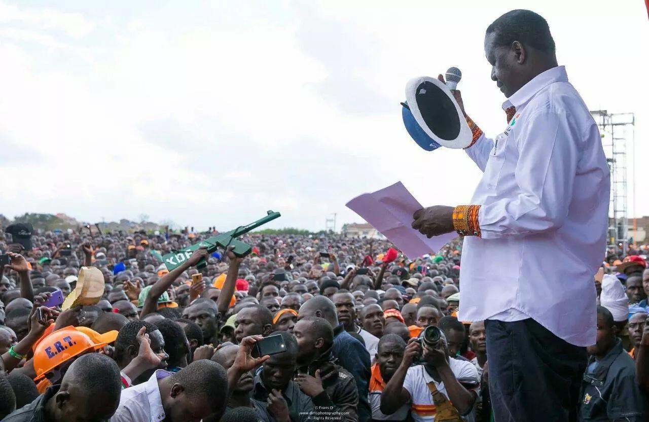 Tutaadhibika vikali kama Uhuru na Raila hawataandaa mazungumzo - Martha Karua
