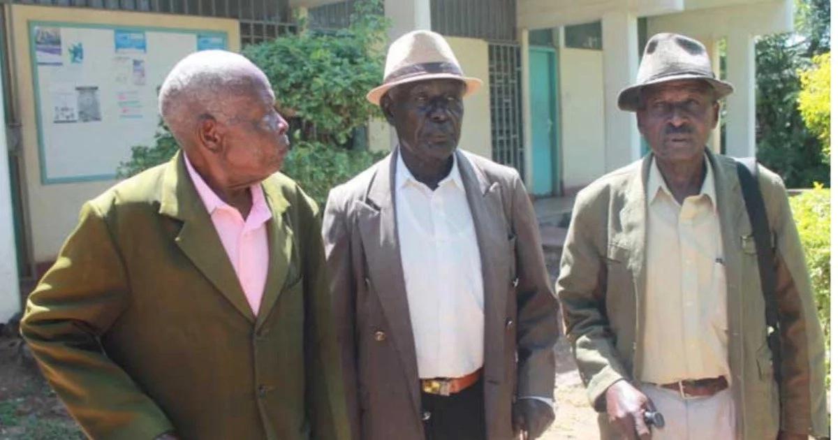 Wazee wa Jamii ya Waluo 'wapigana' kuhusu Uhuru na Raila