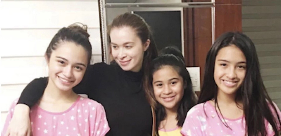 Unexpected reunion for Montano and estranged daughters