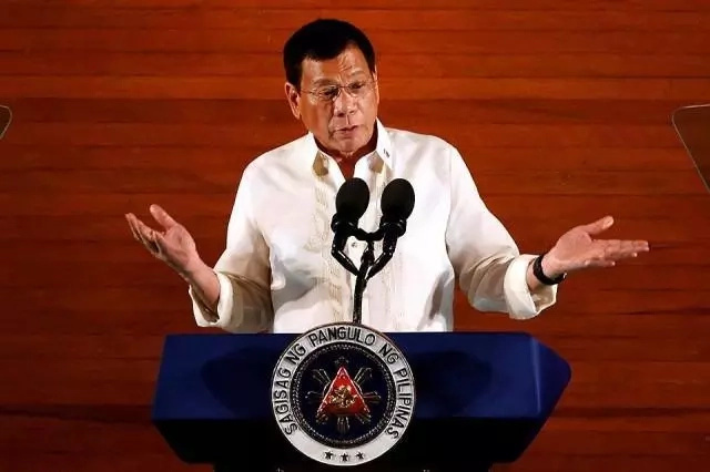 Duterte won't discuss South China Sea in ASEAN tour