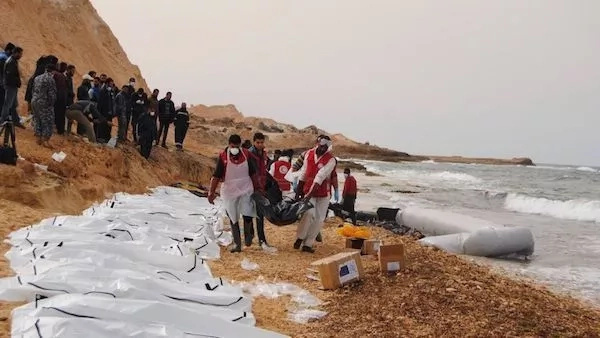 74 African migrants drown after traffickers remove engine from their boat (photos)