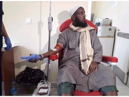 Former Al-Shabaab leader donates blood to help survivors of Somalia's bomb strikes
