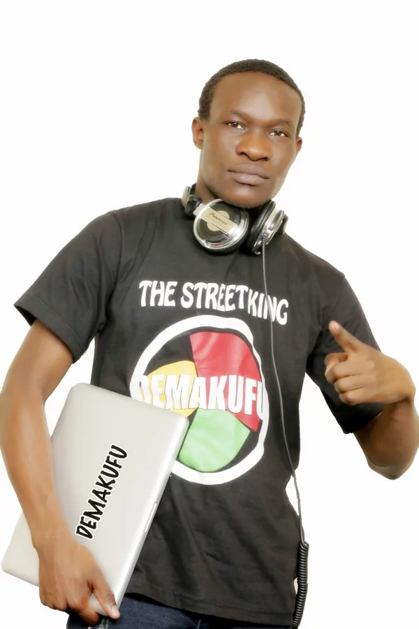 Popular street DJ Demakufu shows off his face for the first time