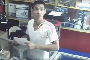 Walang pakialam! Daring Pinoy thief in Manila steals iPhone despite being aware of security camera