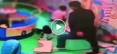 Kawawang bata! Evil Chinese man caught on CCTV brutally kicking innocent toddler in the spine
