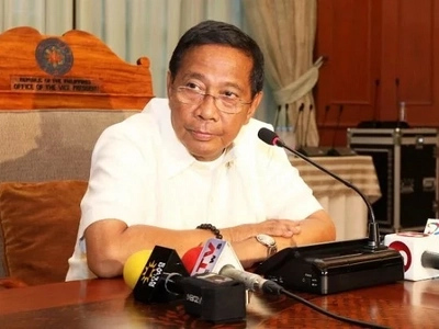 JUST IN: Ombudsman files criminal charges vs ex-VP Binay