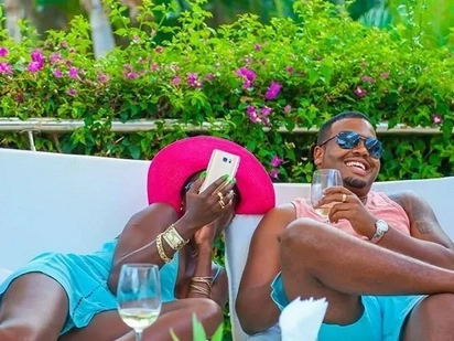 Akothee has re-kindled her steamy affair with her manager Nelly Oaks and he wants people to mind their own business