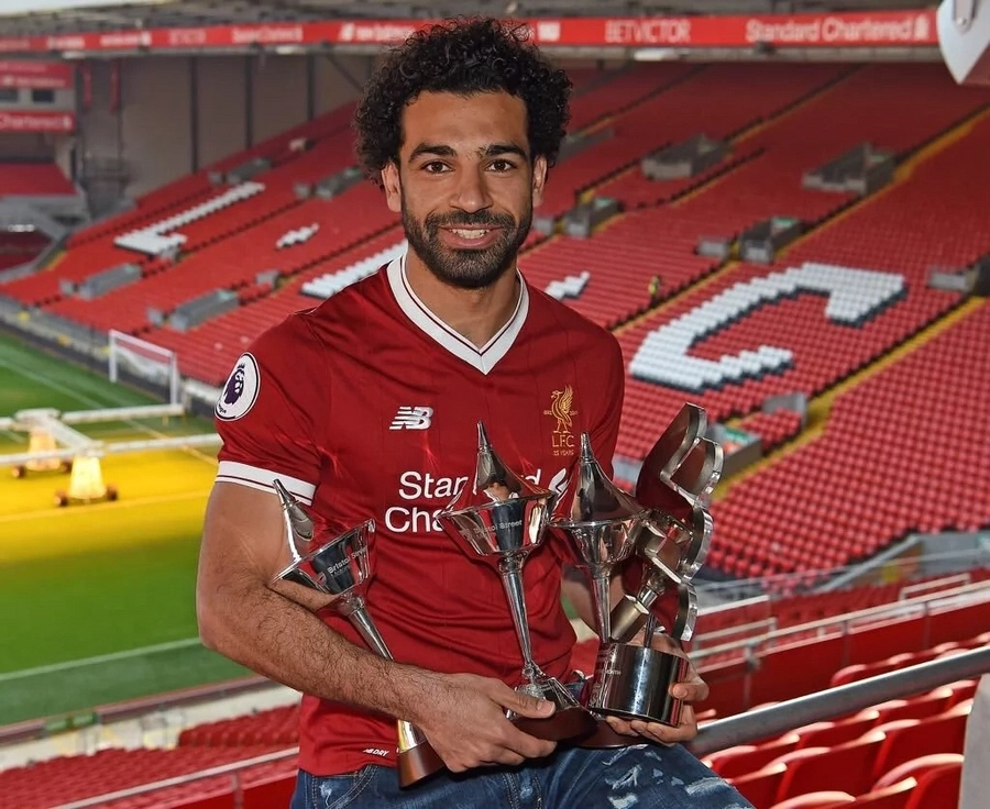 Liverpool's Mohamed Salah wins UEFA player of the week