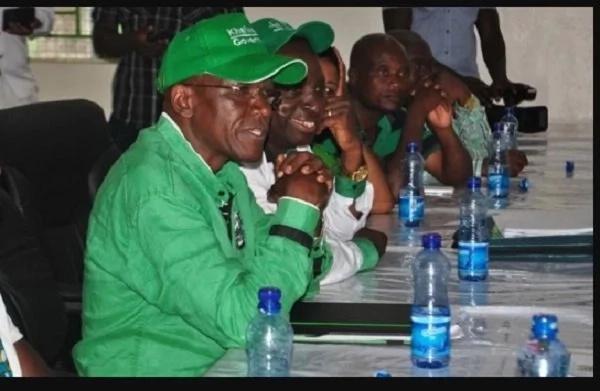 Luhya senator demands for tea from IEBC officers
