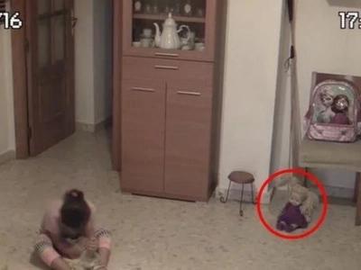 Demon Doll Blinks, Nods Head And Shakes Room Terrifying A Little Girl