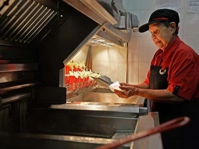 92-year-old woman continues working at McDonald's 'because she loves it'