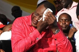 Uhuru Kenyatta shocks everyone after inviting his fiercest critic and former classmate to a State House event