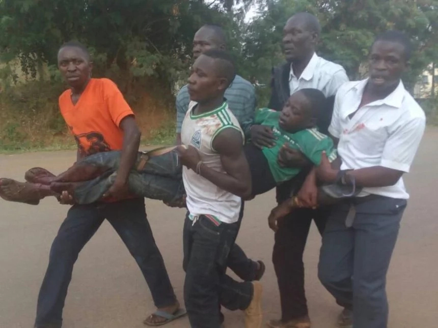Drama in Bondo as residents storm police station