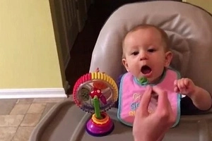 Adorable Baby Tastes Broccoli First Time. Her Reaction Is Priceless!