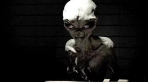 Esta entrevista con un alien de 1964 te dará escalofríos