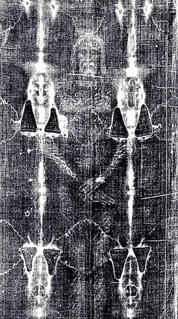 The researchers say the Shroud contains blood of a tortured victim. Photo: Deloche Lisaac/Gedong/Corbis