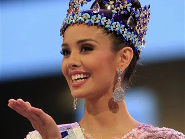 Pinay beauty queen Megan Young to host Miss World 2016