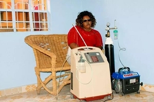 Joy as first photo emerge of the lady who walked with oxygen cylinders after treatment