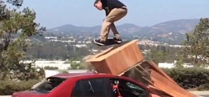 Jackass's Steve-O breaks both his legs in this failed skateboard stunt