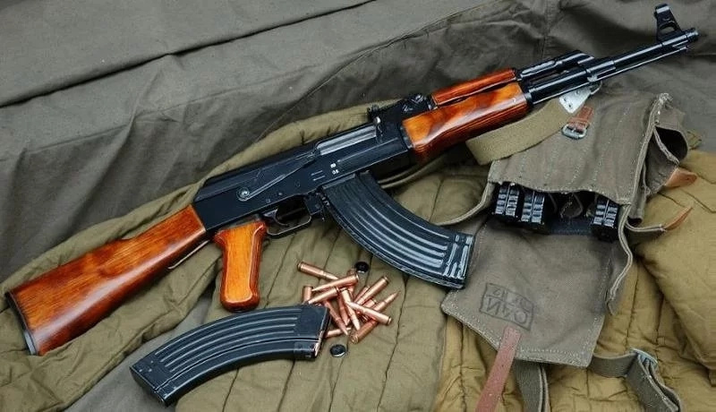 Form four student found with Ak-47 and bullets
