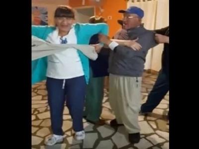 Una enfermera golpeó a un anciano en asilo de México