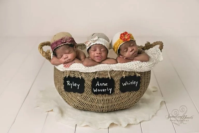 White couple give birth to African triplets and the internet adores them