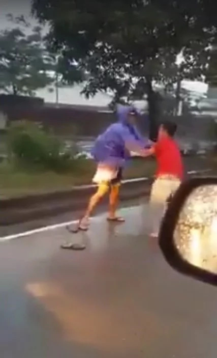 Road rage in Eastwood Pasig City caught on video