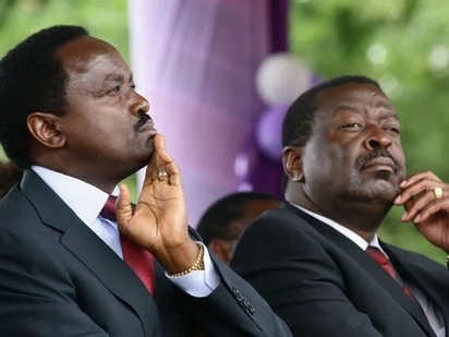 Musalia Mudavadi strongly hints at dialogue with Uhuru after postponing swearing in ceremony