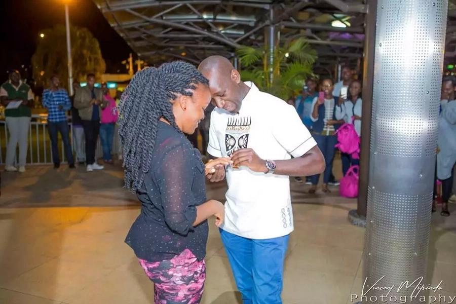 Mwanahabari wa NTV Laban Cliff Onserio apendekeza kumuoa mpenziwe kwa mahaba makuu, Rwanda