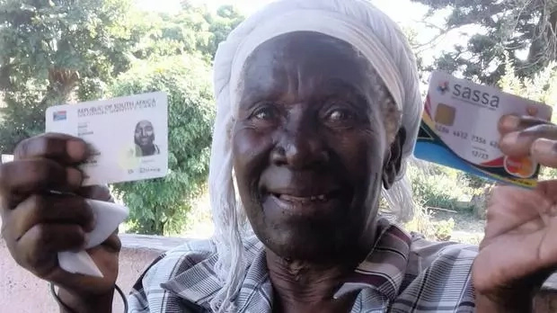 Woman, 77, goes to collect pension, shocked to find records declaring her DEAD (photo)