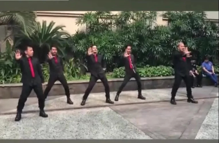 Pinoy dance group brings netizens to 90's hit dance craze in viral video