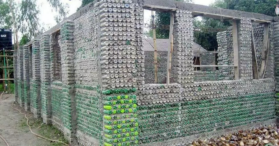 One of the plastic bottle house. Photo: Facebook/The Controversial Files