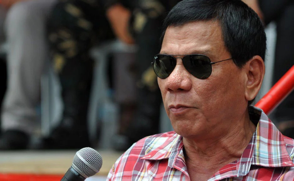 "Duterte: ""Shoot to kill"" narco-politicians"