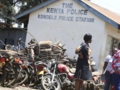 Police fire in the air to save colleague after being attacked in Kondele