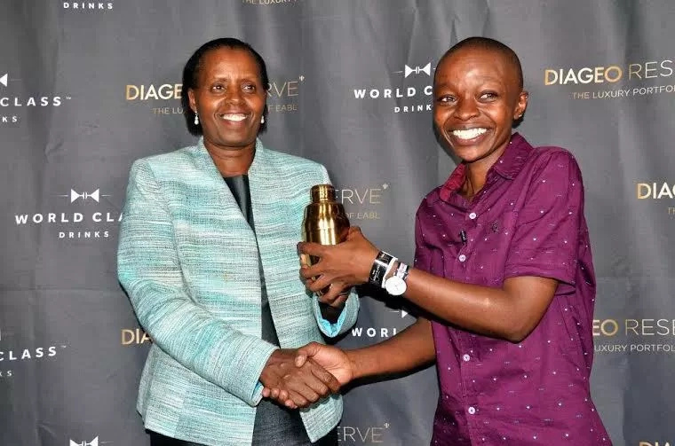 Kenyan crowned best bartender after showing expertise in mixing drinks