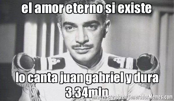 Los mejores memes para despedir a Juan Gabriel