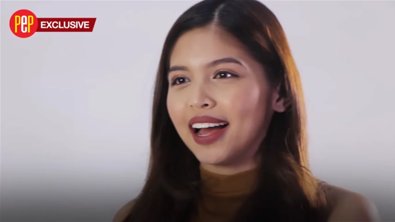 What kind of relationship it is for Maine Mendoza?