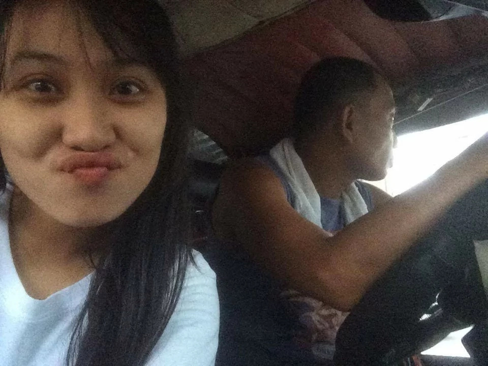 This Pinay student is proud of her dad who earns money by driving a jeepney