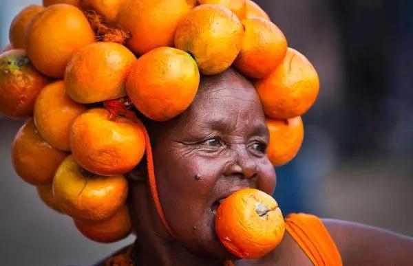 Mwaniaji wa ubunge AMUUDHI SANA Raila Odinga